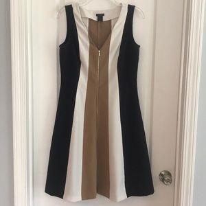 Ann Taylor Dress Size 4 Camel/White/Navy/Gold